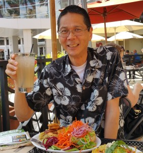 Tim enjoying lunch at Native Foods. Click photo to view full size.